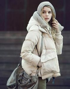 thick and warm oversized hooded down coat-beige(black, army green)