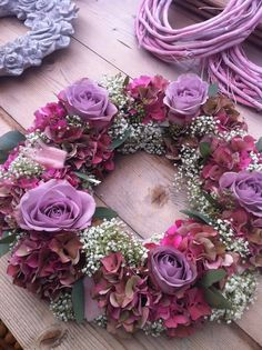 Shabby Chic Wreath w/ Beautiful Purple Roses Wreaths And Garlands, Fall Wreaths, Door Wreaths, Christmas Wreaths, Floral Wreaths, Purple Roses, Summer Wreath, How To Make Wreaths, Diy Wreath