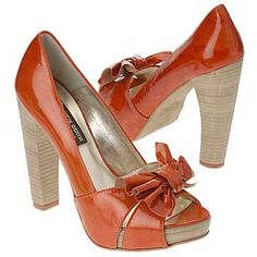 Easy to find styles I love, not so easy to find where to purchase them and at a reasonable price!
