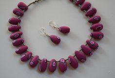 Kudin mukana: Polymeerimassa: I like to make oval shaped polymer clay beads.