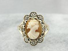 Vintage Carved Cameo Ladies Ring in Fine Filigree Frame P1WHYH-D