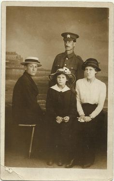 Unknown Manchester regiment soldier and his family Ww1 Soldiers, Wwi, Manchester, Postcards, People, Movies, Movie Posters, Painting, Films