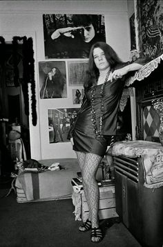 Janis in her apartment on Lyon Street in San Francisco, California in 1968.