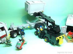 Lampada Lego Batman : Fumetteria inkiostro alassio batman bolster cushion multicolor