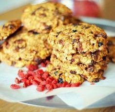 Cashew Goji Superfood Cookies » Sivananda Ashram Yoga Retreat Bahamas