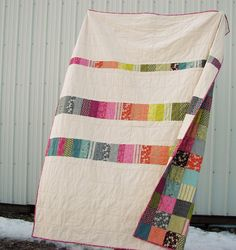 I am in love with the stunning simplicity of this quilt back from Blue Elephant Stitches.