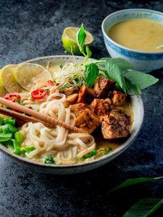 How to prep perfect crispy tofu Crispy Tofu, Laksa, Food Pictures, Food Pics, Opi, Ramen, Spaghetti, Ethnic Recipes, Drinks