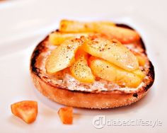 DiabeticLifestyle has diabetic breakfast recipes, including this English muffin breakfast pizza. Uses peaches and cream cheese, a delicious and quick way to start the day for people with type 1 diabetes or type 2 diabetes. Takes just 10 minutes, and diabetic recipe includes all nutritional and diabetic exchange information.