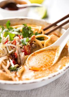 Laksa recipe - Learn how to transform a store bought laksa paste into a restaurant quality laksa. You can't just dump it in coconut milk! Laksa Paste Recipe, Laksa Soup Recipes, Chicken Laksa, Ramen, Curry Laksa, Asian Recipes, Ethnic Recipes, Indonesian Recipes, Orange Recipes