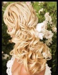 Pretty... love the curls