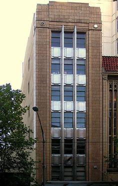 #ArtDeco   Kodak House, 252 Collins Street, Melbourne. Designed by Oakley and Parkes, 1935.