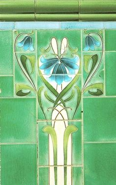 Emerald Green tile design spanning elements of both Art Nouveau and Art Deco styles. Motifs Art Nouveau, Azulejos Art Nouveau, Design Art Nouveau, Moda Art Deco, Escalier Design, Jugendstil Design, Art Nouveau Tiles, Inspiration Art, Green Art