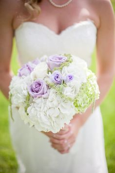 Love Flowers Shenandoah - Virginia Florists - Pastel purple, green and white hydrangea bouquet