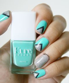 Glitter and Nails: Triangles, Caicos & Argenté
