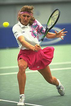 Steffi Graf Vintage Tennis, Vintage Adidas, Steffi Graff, Pro Tennis, Lawn Tennis, Tennis Photos, Tennis Legends, Tennis World, Wimbledon Tennis