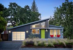 Modern house exterior, lime green door.. Sid view of house... Put the garage in back