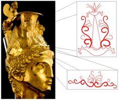 """Marea Zeiţă şi simbolismul de regenerare-fecunditate al Pomului Vieţii, precum şi coarde de viţă de vie - """"Planta Vieţii"""", păzite de o pereche de grifoni şi un sfinx, reprezentate pe un vas din aur, parte a Comoarii tracice Panagyuriste, descoperită în Bulgaria şi datată în secolele IV-III î.e.n."""