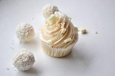Raffaello Buttercreme Cupcakes