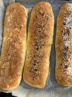 Hot Dog Buns, Hot Dogs, Favorite Recipes, Baking, Bakken, Backen, Sweets, Pastries, Roast