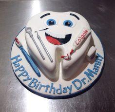 2a075868c59cc4983fcb62c0c17203d0--dentist-cake-ideas-tooth-cake-dental.jpg (736×719)