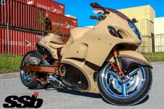 2005 Suzuki Hayabusa Custom Street Bikes, Custom Sport Bikes, Moto Bike, Motorcycle Gear, Goldwing Trike, Custom Hayabusa, Custom Motorcycle Paint Jobs, Bmw Motorcycles, Custom Motorcycles