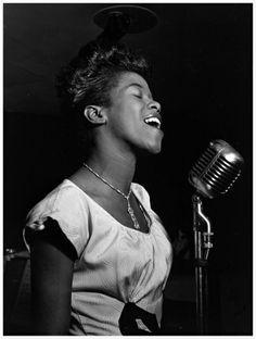 Sarah Vaughan Photo William P.Gottlieb Café Society New York, N.Y., ca. Aug.1946