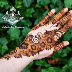 9,268 Likes, 24 Comments - Mehandi designs (@awesomemehandi) on Instagram