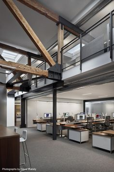 Tolleson Offices by Huntsman Architectural Group I Like Architecture Loft Office, Open Office, Office Workspace, Warehouse Office Space, Office Decor, Office Spaces, Office Ideas, Rustic Office, Industrial Office