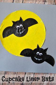Cupcake Liner Bats H