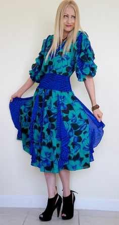 Vintage Bohemian Hippie Print Ruffle Gypsy Dress by vampofvintage, $59.00