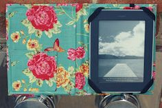 DIY kindle cover. Going to try this when I get my new paper white