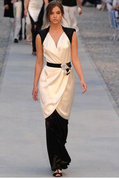 wearing a long skirt under a dress is so creative!