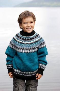 204R-1 - Genser med rundfelling |Oppskrifter | Rauma Garn Knit Crochet, Knitting Patterns, Turtle Neck, Children, Sweaters, Ideas, Fashion, Tejidos, Threading