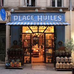 Place aux Huiles by decar66 on Flickr.