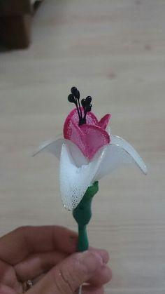 Küpe çiçeğim...