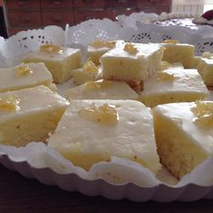 Cuadraditos con crema de limon