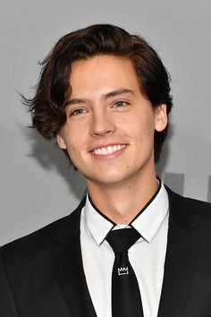 Cole Sprouse Photos - Cole Sprouse attends the 2018 CW Network Upfront at The London Hotel on May 2018 in New York City. - Cole Sprouse Photos - 271 of 492 Cole M Sprouse, Cole Sprouse Haircut, Cole Sprouse Shirtless, Sprouse Bros, Cole Sprouse Funny, Cole Sprouse Jughead, Dylan Sprouse, Cole Sprouse Friends, Dylan Und Cole