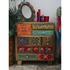 Boho Style Furniture Designs to Enhance the Beauty of Home - Diy Home Decor Funky Painted Furniture, Bohemian Furniture, Paint Furniture, Furniture Makeover, Cool Furniture, Furniture Design, Furniture Ideas, Furniture Stores, Goodwill Furniture