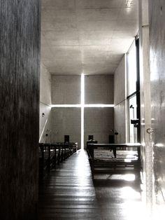 H11. Tadao Ando, Chapel of Light, Osaka (1989)