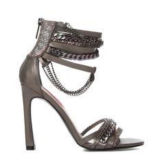 Dear Betsey Johnson,  I love you! #ShoeDazzle #StilettoSociety  Hheat - @ShoeDazzle