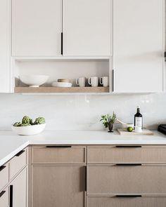 Country Home Interior .Country Home Interior Contemporary Kitchen Cabinets, Modern Kitchen Design, Interior Design Kitchen, Minimal Kitchen, Neutral Kitchen, Home Decor Kitchen, New Kitchen, Home Kitchens, L Shape Kitchen