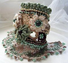Crochet cuff, Crochet bracelet, Green bracelet, Beaded cuff, Cuff bracelet, Agate stone, Floral cuff, Bohemian jewelry, Boho style bracelet by KSZCrochetTreasures on Etsy