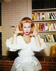 Elizabeth Montgomery on Bewitched (1960's) oh how i wanted to be able to do what she did lol