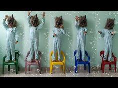 Música Cinco Macaquinhos | Chanson Cinq petits singes | Comptines Et Chansons | À Bébé Chanson - YouTube Baby Shower Fruit, African Print Dresses, Diy Decoration, Braided Hairstyles, Christmas Diy, Braids, Videos, Handmade, Clothes Shops