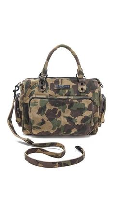 Drooling over this camo laptop bag. Love!