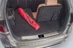 Kia Sorento Cargo Mat with Seat Back Protector (K145)