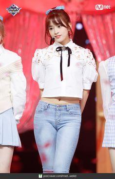 Stage Outfits, Kpop Outfits, Korean Outfits, Sexy Asian Girls, Beautiful Asian Girls, Yu Jin, Japanese Girl Group, Korean Girl Groups, Kpop Girls