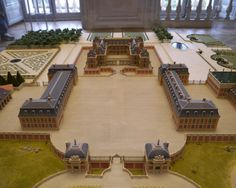 A model of Versailles in it's early stages of expansion, with Philibert de Roy's original 1634 hunting lodge for Louis XIII in the rear-center (Chateau de Versailles)