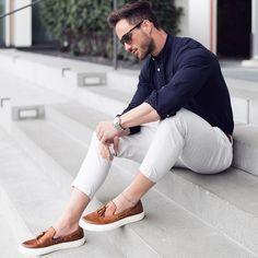 Men fashion: clean, simple, casual and business. Good summer style! @samvandewiel