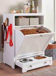 Enjoy the convenience of food leash and toy storage plus a feeding station all in one stylish compact space with our Pet Feeder Genius Solutions for Your Pets in the Kitchen Animal bones and scrap meat or fat may be used to make an extreme Diy Casa, Dog Rooms, Pet Feeder, Home Organization, Organizing, Pantry Organisation, Small Space Organization, Home Projects, Diy Home Decor